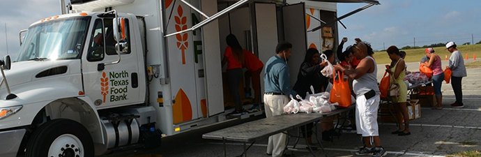 North Texas Food bank mobile pantry at one of the colleges of DCCCD